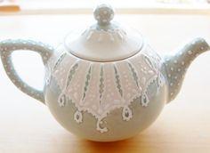 I love tea pots!