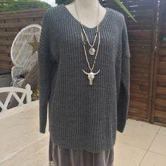 Le chouchou de ma boutique https://www.etsy.com/fr/listing/488890667/pull-gris-argente
