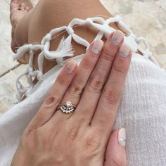 the perfect luna inspired mani for your Anna Sheffield bauble (image via The Knot)