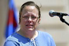 #KimDavis Trending on #Trendstoday App #Facebook (USA).  Kim Davis: Kentucky clerk Kim Davis on her role in denying same-sex marriage licenses.  #samesex #marriage #licenses #kentucky #clerk #denying   Get App: http://trendstoday.co/install.html