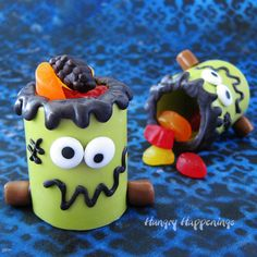 Fill Frankenstein Snack Cups with Welch's Fruit Snacks for a fun Halloween treat. bit.ly/2xQMRmx Try Welch's® Fruit Snacks products in a fun Halloween snack!  #UnrollTheFun #Ad #WelchsFruitSnacks