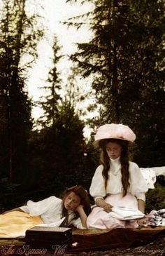 Two of the Romanov sisters. I don't know which ones, but that hat is fabulous!