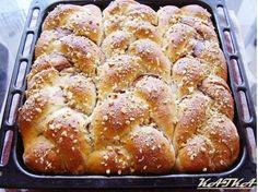 Krásne jednoduchý a rýchly recpet na pudingové záviny. Ďakujeme Katke Oszvaldovej, že nám ho prezradila:) Sweet Desserts, Dessert Recipes, Bread And Pastries, Home Baking, Russian Recipes, Pavlova, Graham Crackers, Bread Baking, Pain
