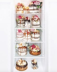 How exquisite are these cakes by Tome Coffee Shop in Queensland? Surely Marie Antoinette would approve! The baking is done by Alita Johnson and the photography by Matthew O'Brien. Pretty Cakes, Beautiful Cakes, Amazing Cakes, Nake Cake, Wedding Cake Inspiration, Drip Cakes, Piece Of Cakes, Fancy Cakes, Dessert Recipes