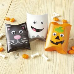Halloween Google-Eye Pillow Boxes $3.99           Now: $0.79