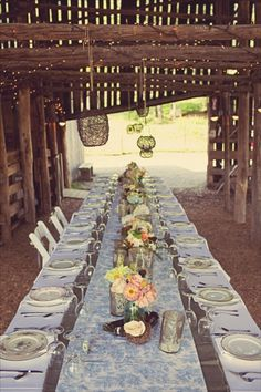 Mismatched plates for country wedding