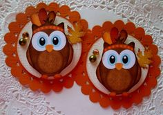 Thanksgiving Owl Pilgrim Embellishments-