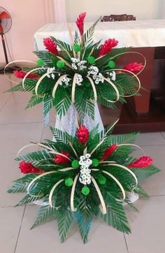 2019 The post 2019 appeared first on Floral Decor. Contemporary Flower Arrangements, Creative Flower Arrangements, Tropical Flower Arrangements, Church Flower Arrangements, Beautiful Flower Arrangements, Tropical Flowers, Altar Flowers, Church Flowers, Funeral Flowers