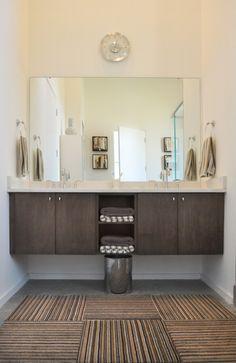 Fancy Midcentury Bathroom Design