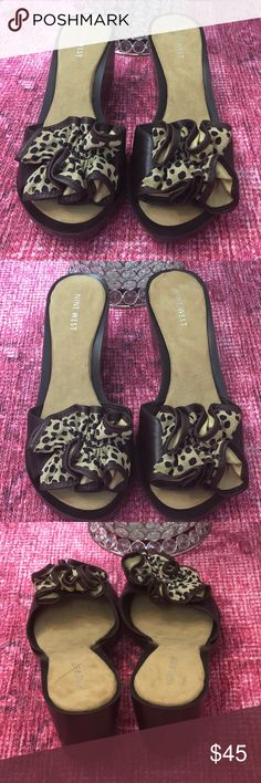 608741901a6854 🆕Nine West Leather Leopard Wedges ❤ Beautiful leather wedges with leopard  front detail. Nine West Shoes Wedges