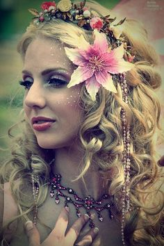 fairy style makeup for EDC 2013 and intense curls like these with a BUNCH of flowers