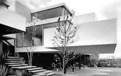 Casa Morán 1963 Av. de las Fuentes 681, Jardines del Pedregal. México, DF 1963 Arq. José María Buendía