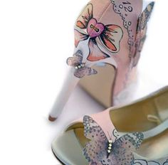 unique-wedding-shoes-le-soulier-peach-butterfly-6