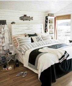 Rustic+beach+inspired+bedroom