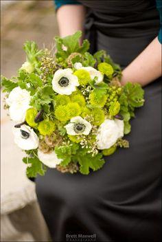 Green bridesmaids' bouquet