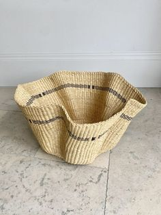 The most beautifully woven basket in our collection, Bolga Waves baskets are all different and make for stunning pieces of decoration. Buy yours today.