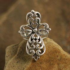 Love this cross ring