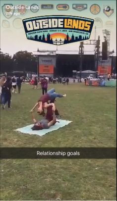 Relationship Goals in Outside Lands- Snapchat #OutsideLandsMusicFestival​ #LionelRichie​ #Radiohead​ #LCDSoundsystem #OutsideLands #music #art #food #snapchat