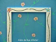 mosaico - moldura de espelho bca com flores nos cantos