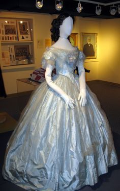 Blue dress worn to the Prince of Wales Ball in 1860. Click through for bigger picture. Elgin County (ON) Museum