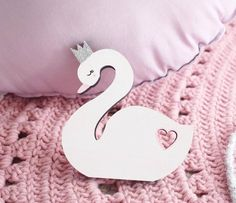 Our beautiuful handpainted princess swan is made from premium quality plywood. 30th Birthday, Birthday Ideas, Childrens Shelves, Girls Bedroom, Bedroom Ideas, Nursery Shelves, Nursery Room Decor, Wooden Decor