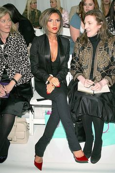 Victoria Beckham With Glenda Bailey At The Matthew Williamson SS07 Show, September 2006