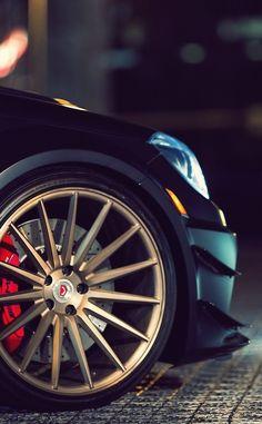 Mercedes C63 AMG | Vossen Wheels...
