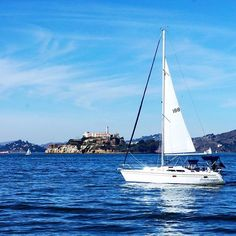 It's #weekend! Let's sail away! ⛵️ #usa #sanfrancisco #boat www.haisitu.ro #haisitu #travel