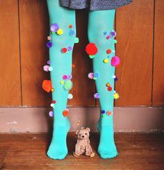 Pom Pom Tights on Zauberbear Quirky Fashion, Diy Fashion, Diy Clothing, Sewing Clothes, Crazy Socks, Rainbow Fashion, Halloween Kostüm, Crafty Craft, Clowns