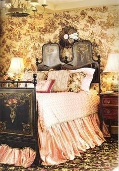 Antique tole painted bed against brown toile de jouy walls set the mood in this lovely bedroom. Antique tole painted bed against brown toile de jouy walls set the mood in this lovely bedroom. Shabby Chic Furniture, Bedroom Furniture, Bedroom Decor, Bedroom Ideas, French Country Bedrooms, French Country House, French Farmhouse, French Decor, French Country Decorating