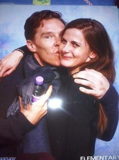 """Benedict crashes Louise Brealey's photo session #Sherlock <3"" Awwww...<3"