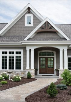 Exterior House Siding, Grey Exterior, Modern Farmhouse Exterior, Ranch Exterior, House Exteriors, Exterior Color Schemes, Exterior Paint Colors For House, Craftsman Exterior Colors, Outside House Colors