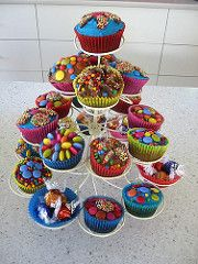 Cupcake tree birthday cake | da WheresBeckybean