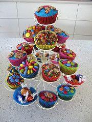 Cupcake tree birthday cake | da WheresBeckybean