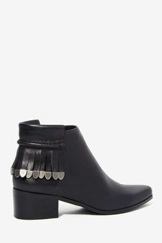 Wilma Leather Fringe Bootie//