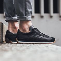 ONLINE NOW! Adidas Country OG - Black available now in-store and online Zurich by titoloshop Adidas Country, Sneaker Boutique, All Black Sneakers, Adidas Sneakers, Running, Instagram Posts, Zurich, Shoes, Fashion
