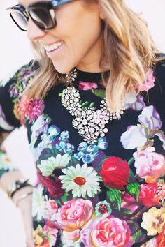 Floral sweatshirt #Fashion #Style