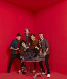 One Direction Harry just relaxin in a trolley