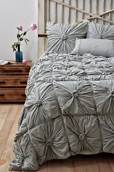 anthro bedding but with bright pillows Grey Bedding, Bedding Sets, Luxury Bedding, Quilt Bedding, My New Room, My Room, Home Bedroom, Bedroom Decor, Master Bedroom