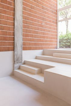 KCo is a minimalist restaurant interior located in Madrid Spain designed by Plantea Estudio / Product architecture is the scheme by which the. functional elements of the product are arranged. into physical chunks and by which the chunks. Restaurant Design, Restaurant Madrid, Restaurant Interiors, Restaurant Furniture, Cafe Restaurant, Brick Architecture, Architecture Details, Interior Architecture, Brick Interior