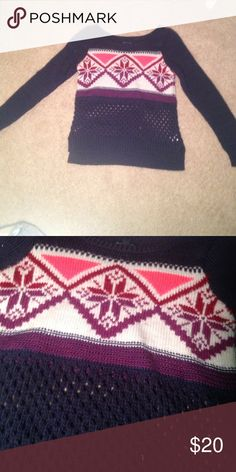 Sweater This is so cute. Great condition cute design American Eagle Outfitters Sweaters