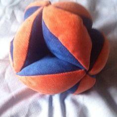 Balle de préhension Montessori Zimzima zimzima.alittlemarket.com