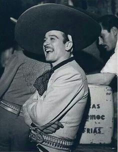 My idol!!! Talented, best actor/singer, gorgeous, a Mexican legend