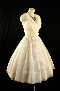 50 s cream chiffon tea length wedding dress  61.00 Tea Length Wedding Dress 3120963b9148