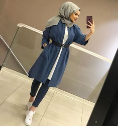 For Sports Lovers Underwear 40 Shirt 100 Shirt Underwear For Lovers Sport Modern Hijab Fashion, Street Hijab Fashion, Hijab Fashion Inspiration, Muslim Fashion, Modest Fashion, Fashion Outfits, Casual Hijab Outfit, Hijab Chic, Hijab Dress