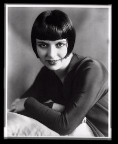 35 Glamorous Glass Plate Negatives of Louise Brooks in the Late 1920s ~ vintage everyday Golden Age Of Hollywood, Hollywood Stars, Classic Hollywood, Louise Brooks, Film Muet, Old Movie Stars, 1920s, Winter Night, Plate