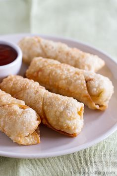 Easy Egg Rolls - Looking for a go-to egg roll recipe? This recipe for Easy Egg Rolls is simple and will rival the egg rolls from your local take out restaurant!