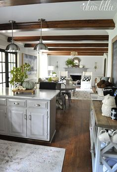 Feature Friday: Dear Lillie - Southern Hospitality - Feature Friday: Dear L . - Feature Friday: Dear Lillie – Southern Hospitality – Feature Friday: Dear Lillie – Southern H - Living Room Kitchen, Home Living Room, Kitchen Decor, Kitchen Design, Dining Room, Master Bedroom Closet, Basement Bedrooms, White Bedroom, Kids Bedroom