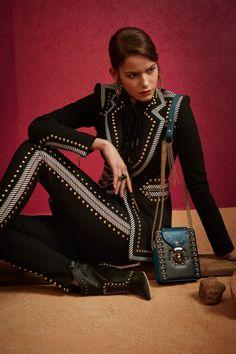 Elie Saab  #VogueRussia #prefall #fallwinter2018 #ElieSaab #VogueCollections