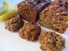 La voici. Enfin ;-) La recette COMME DU PAIN AUX BANANES… Labriski. Une recette santé qui nous invite à prendre les farines qu'on a sous la main à la maison. Une recette qui se fait en galette, ou en pain et en encore, en version avec ou sans gluten et sans produit laitier. Bref, la... Healthy Sweets, Healthy Snacks, Cake Recipes, Dessert Recipes, Muffin Bread, Biscuit Cookies, Sweet Chili, Breakfast Muffins, Foods With Gluten